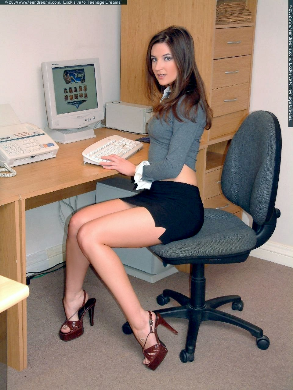 Office hardcore along blonde secretary in love with the dick Kimber Lee  1245545